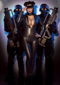 Bless you Sophie Howard...this should have been Killzone's box art!